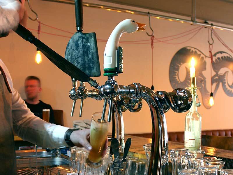 Proef-de-sfeer-bij-jonkheer-de-ram-bier-tap